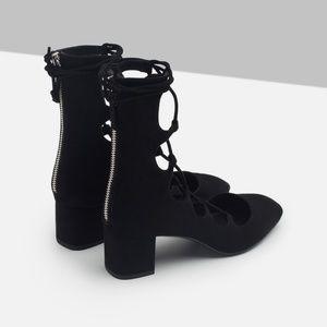 Zara Lace Up Heel 40